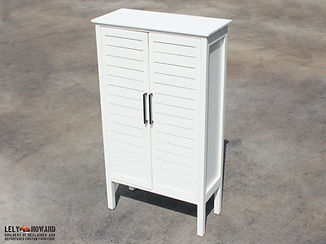 Linen_Cabinet_White_Slats_Dembinski_2.jp