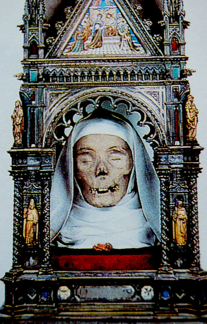 Siena, Sadism and a Saint's Head