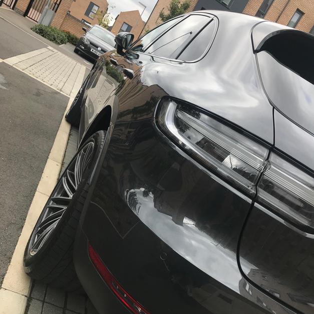 Porsche Macan S