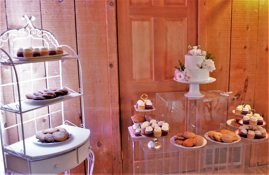Wedding Belles Decor at Strathmere Cake