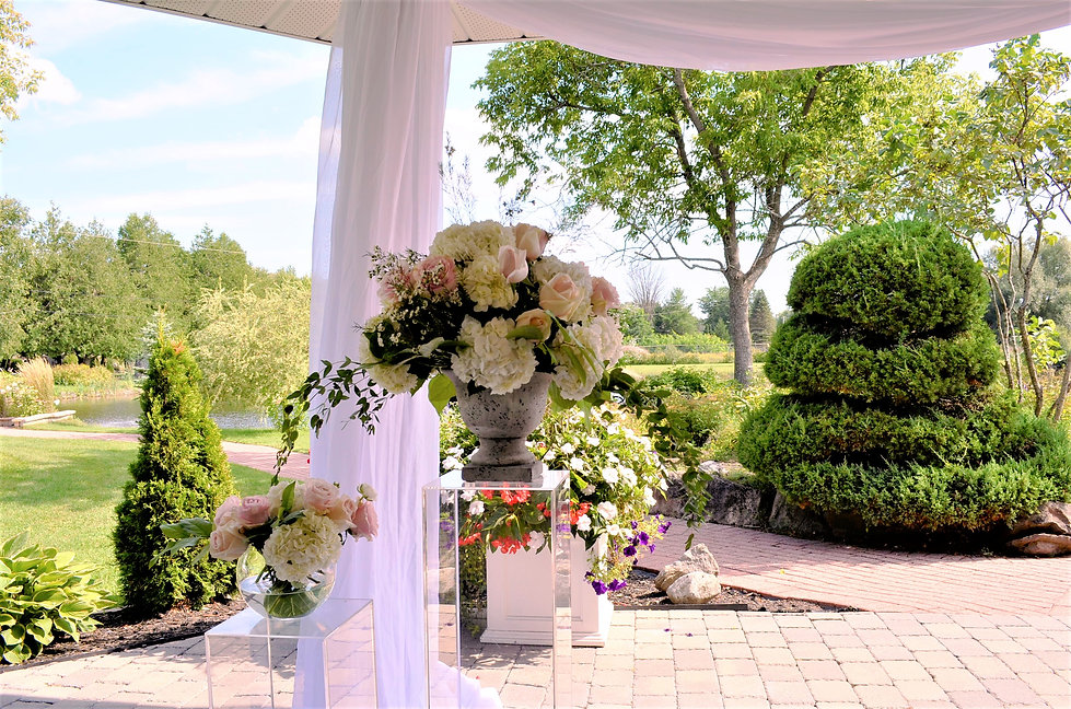 Ceremony arrangements at Orchardview by