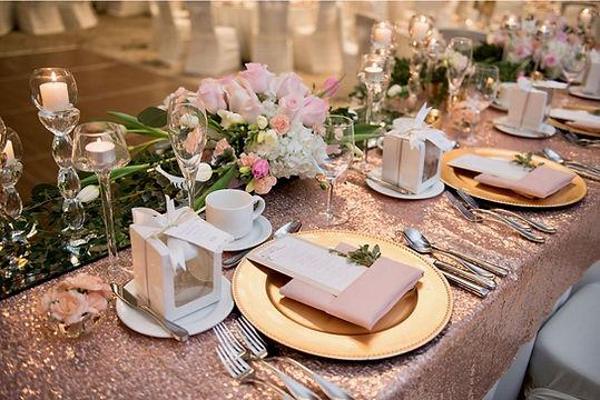Head Table blush roses Wedding Belles Decor low res.jpg