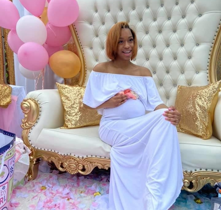 Gold Throne Bench baby shower