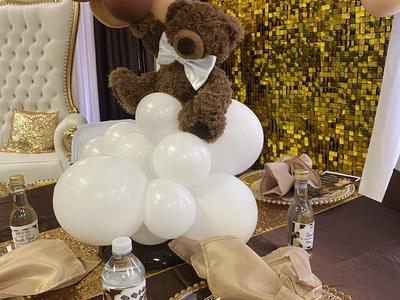 Teddy Bear Balloon Centerpieces