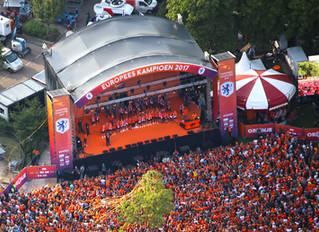 Luchtfoto's huldiging EK Vrouwen / Oranjeleeuwinnen Utrecht