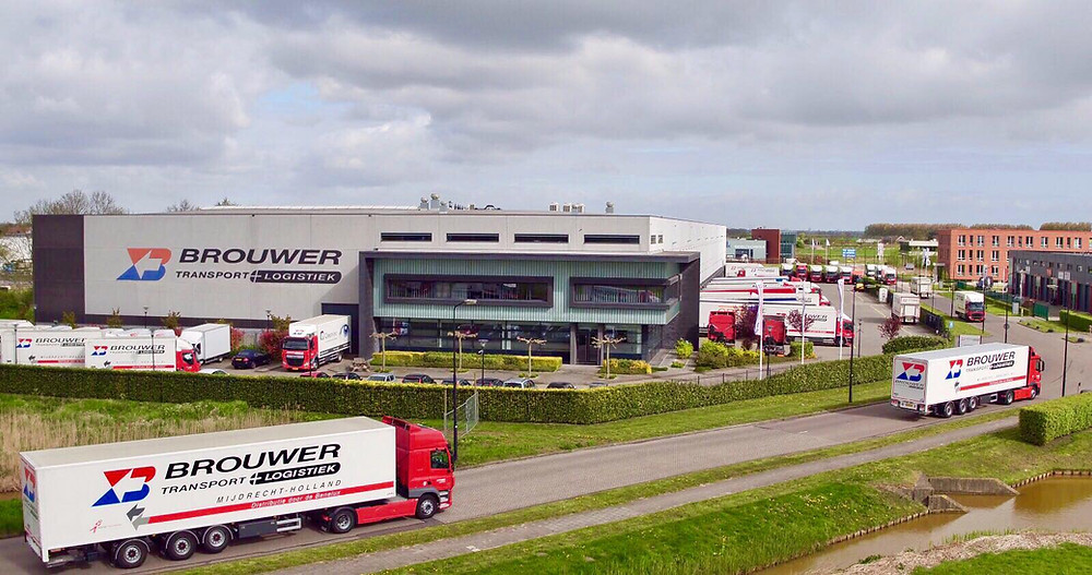 Luchtfoto Brouwer Transport en Logistiek (luchtopname.nl)