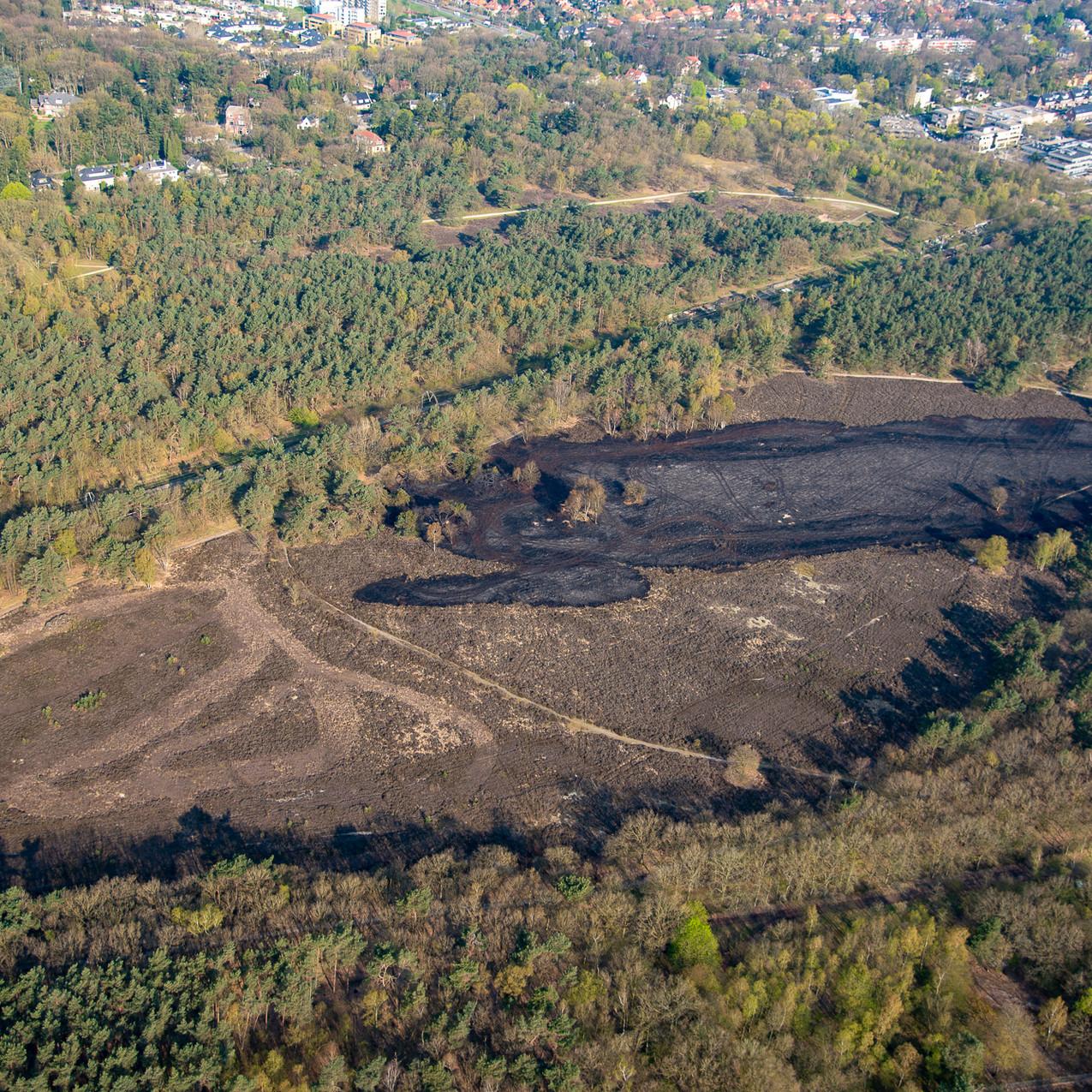 Luchtfoto van de schade