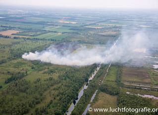 Luchtfoto's natuurbrand Mariapeel in Brabant