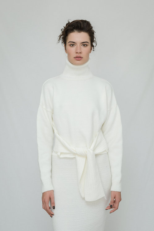 Polo Neck Knitwear with Belt
