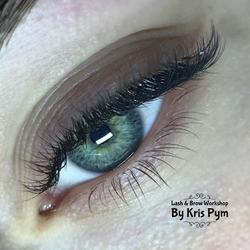 Hybrid Eyelash Extensions Torquay