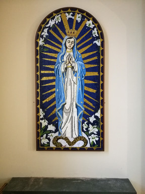 Our Lady Crownded, Sta Catherine Labouré Church, Glasgow