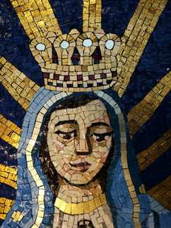 Our Lady Crowned - detail