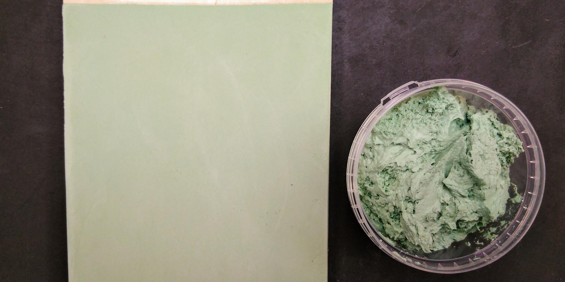 Old English Green