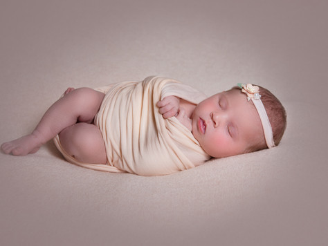 Isabella, newborn photoshoot