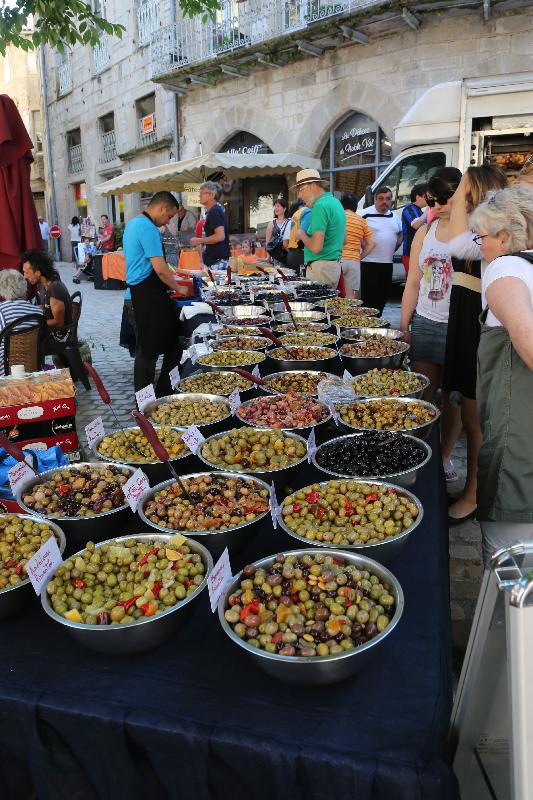 St Antonin market