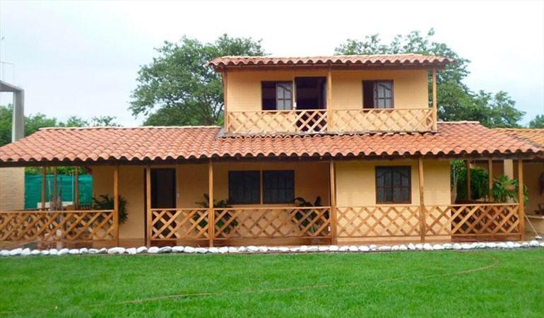 Casa campestre prefabricada dos niveles 012