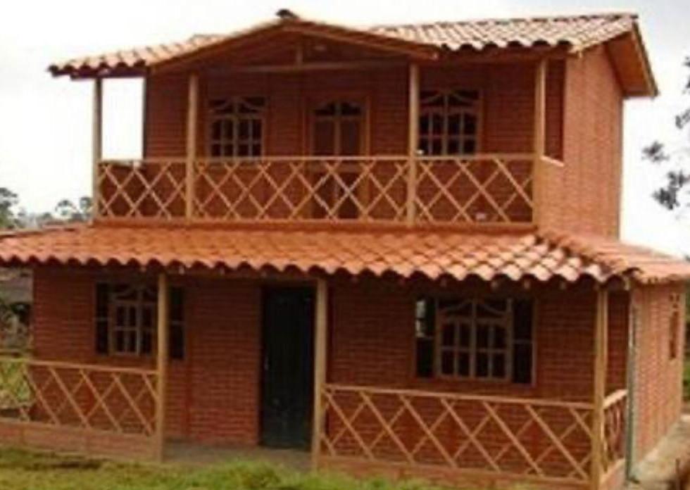 Casa campestre prefabricada dos niveles 005