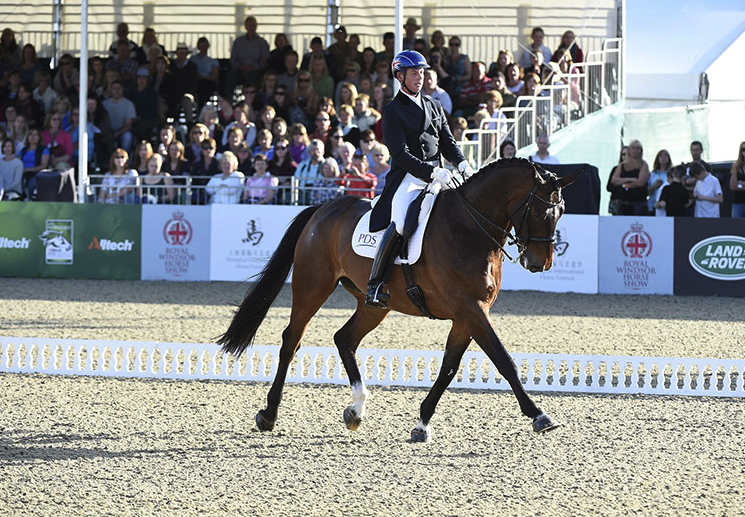 2014-09-05 22-58-05 Gallery - Royal Windsor Horse Show.png