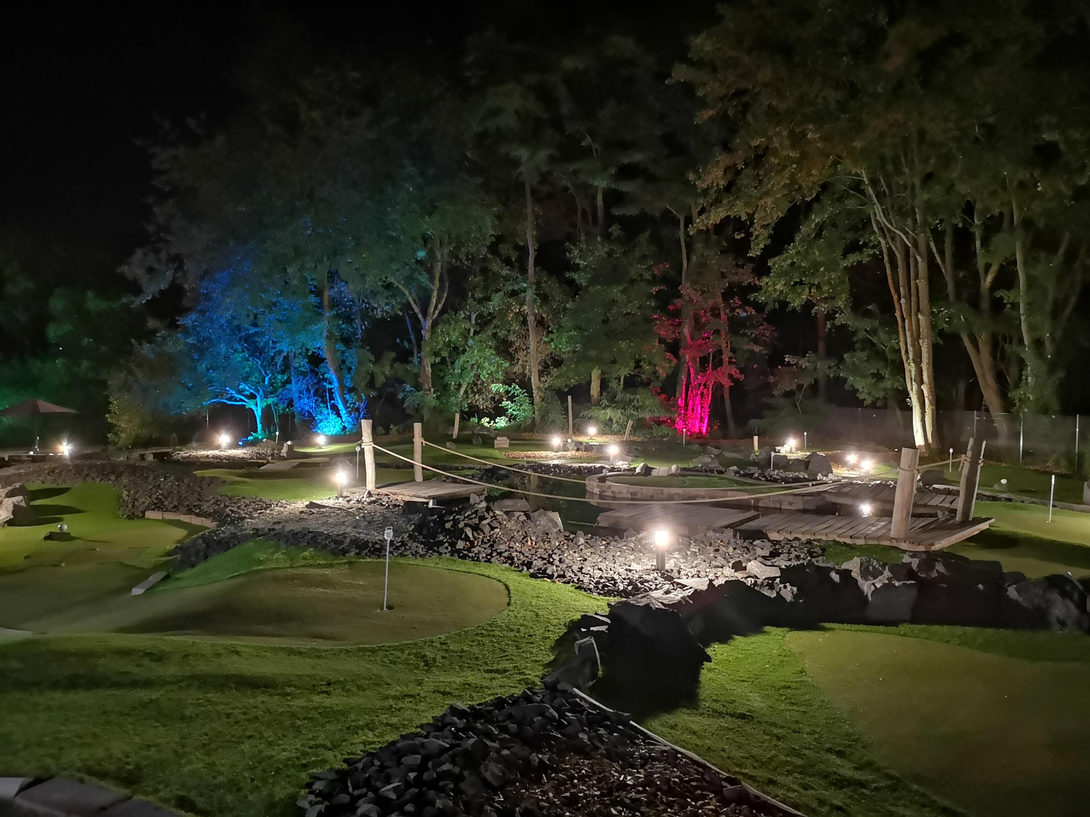 Anlage bei Nacht