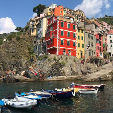 """Vivez la dolce vita aux """"Cinque Terre""""en Italie"""