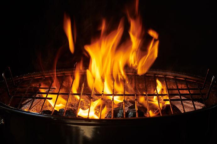 grill-background-barbecue-fire-grill-clo