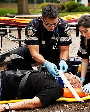 paramedics_1_orig.jpg