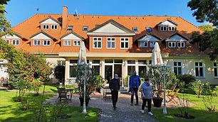 herrenhaus-bohlendorf_edited.jpg