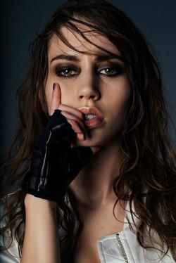 sasha-oneill-make-up-artist_shemeyouwe-21