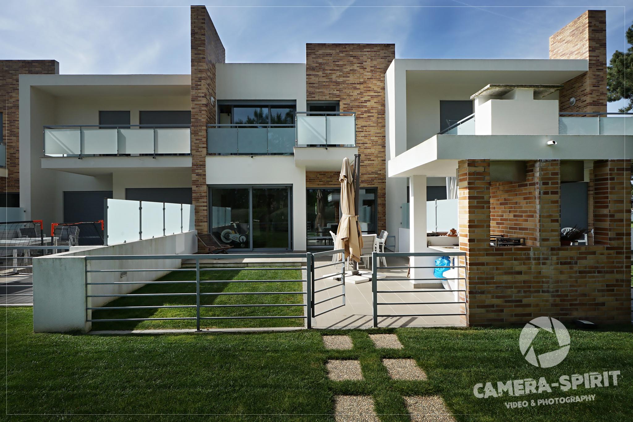 Amazing House In Verdizela_by Pedro Lima_07