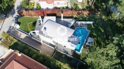 Amazing_Detached_House_CostadaCaparicaPortugal03_PL