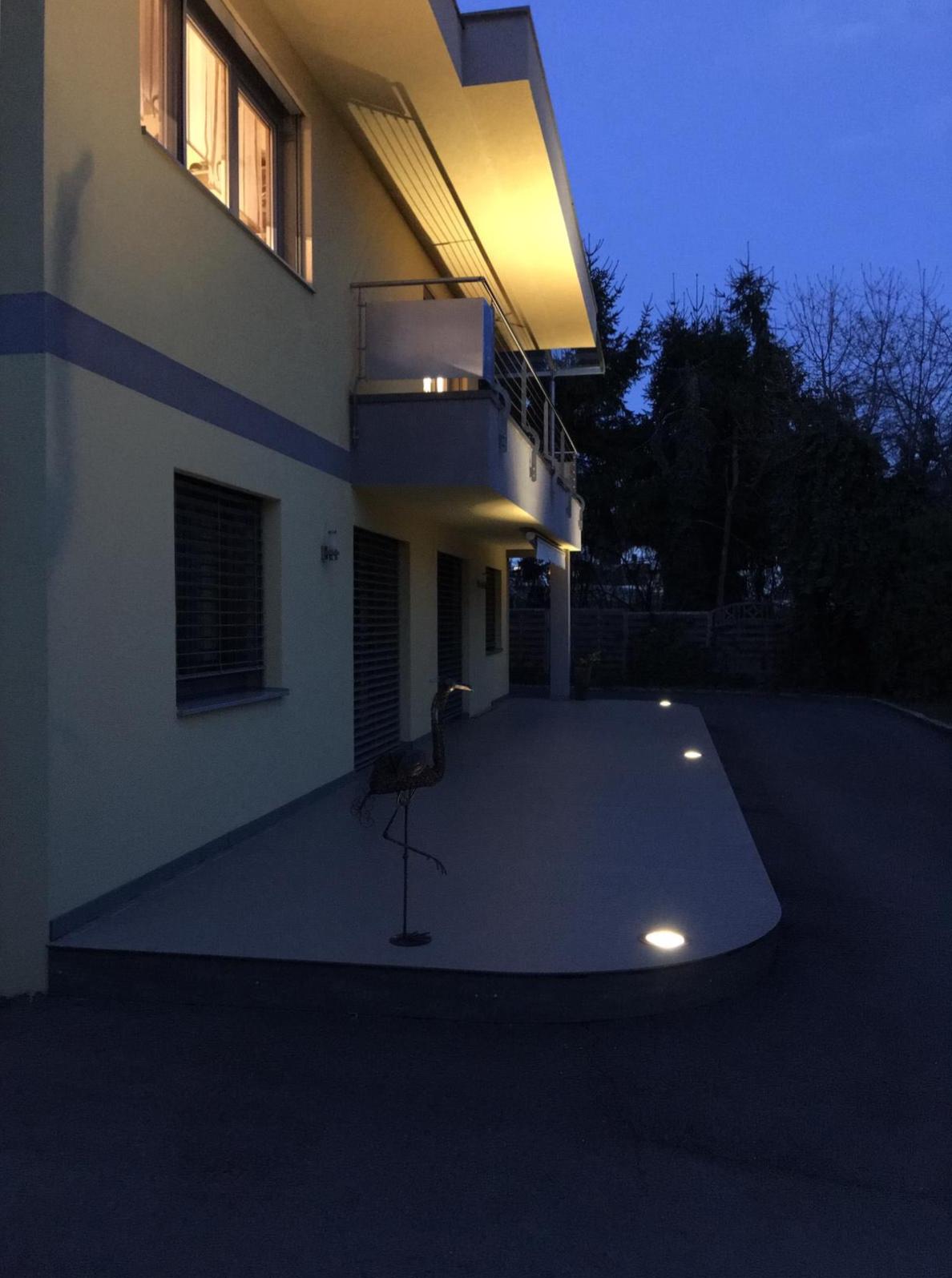 Außenansicht Nacht