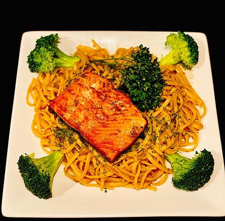 N2. Garlic Noodle with Salmon.jpg