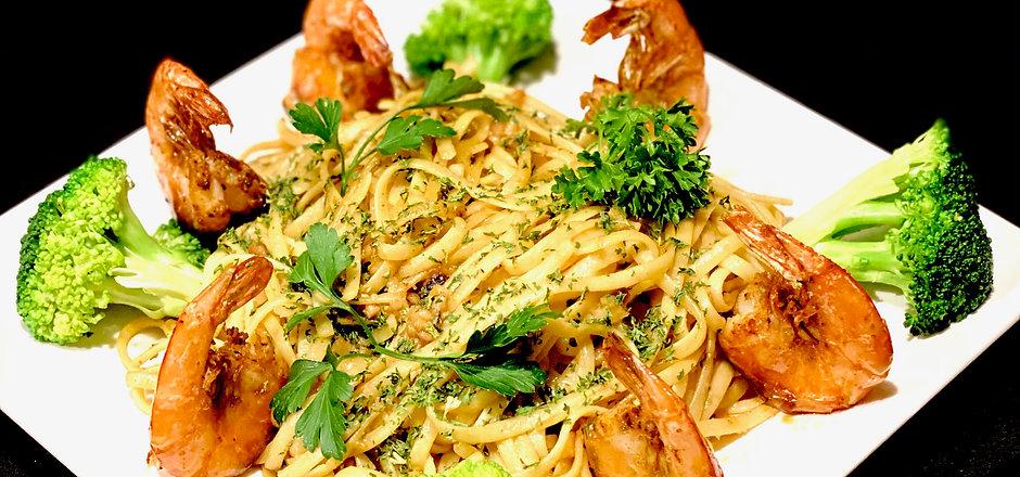 N1. Garlic Noodle with Shrimp.jpeg