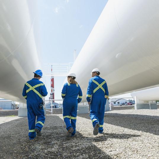 Gaz Santrali çalışan işçiler