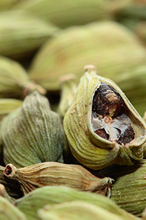 Green Cardamom (Elettaria cardamomum) - Kapulaga seberang (25g)