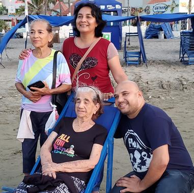 Luis y familia