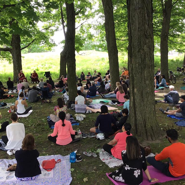Alma : Méditation dans le parc | Août : Gratuit