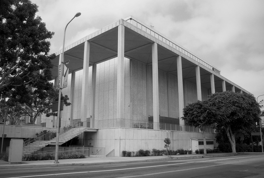 436 Ahmanson Center. Los Angeles Performings Arts Center. 1st and Hope Streets. Welton Becket and Associates. 1964. 1969