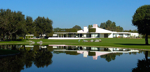 resized_500x239_sunnylands_1_5