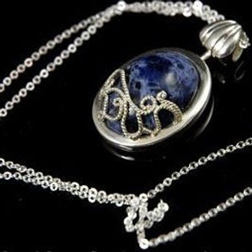 Katherine's Daywalker necklace