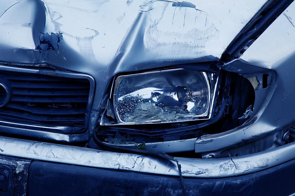 Symbolbild Unfallfahrzeug