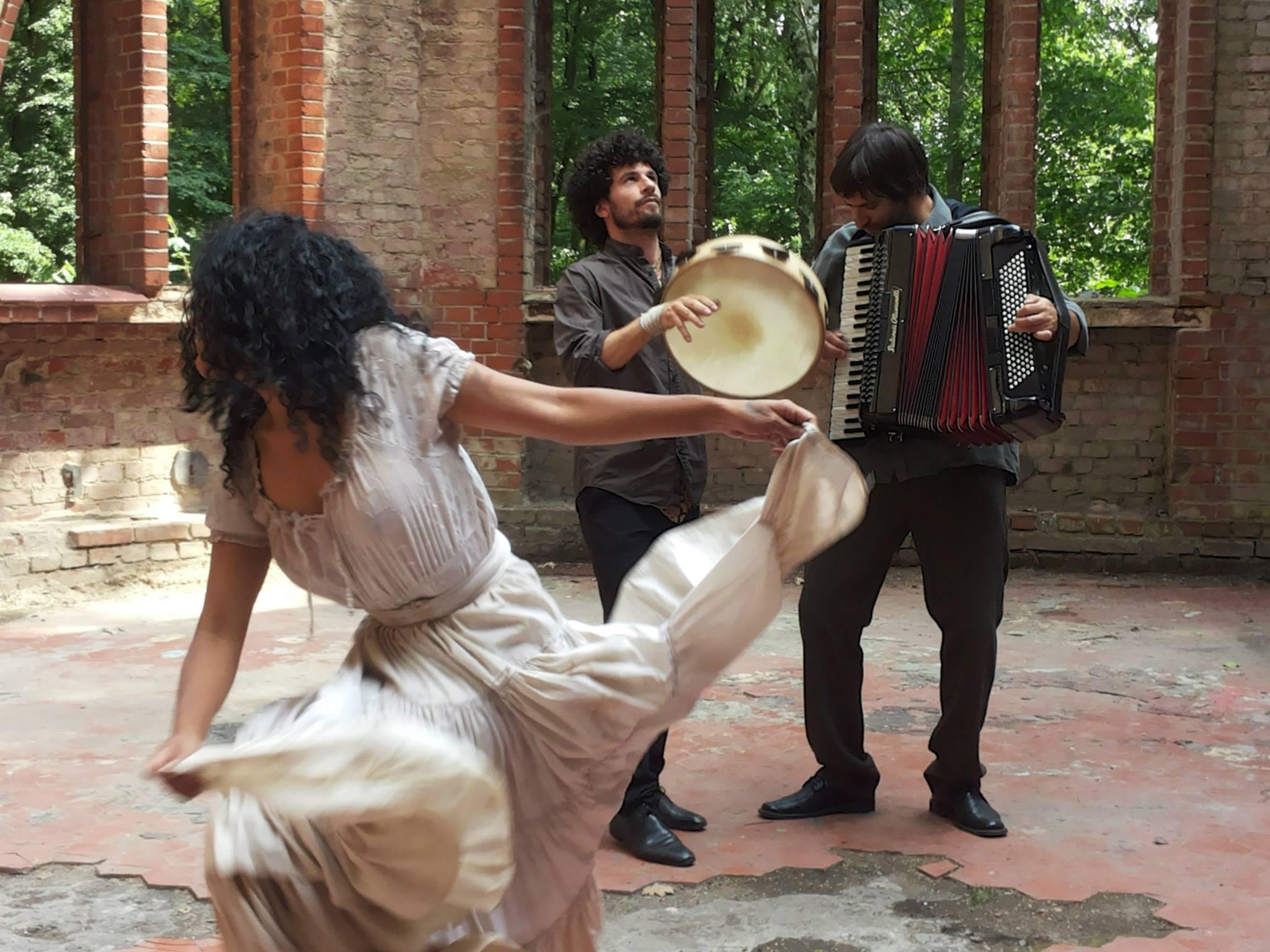 Tamburi e danze anche nel Salento