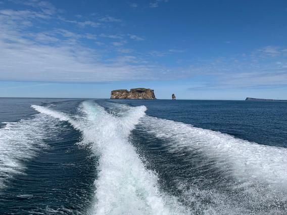 Au départ de l'île Drangey