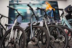Vélos TREK électriques dans la boutique de vélos Cycles Picoux à Ath (Hainaut, Belgique)