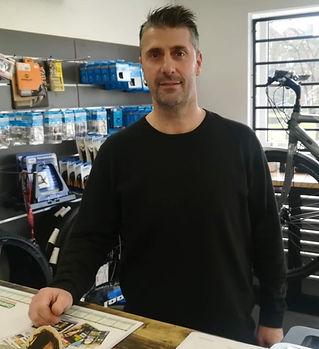 Régis Picoux, gérant de la boutique Cycl