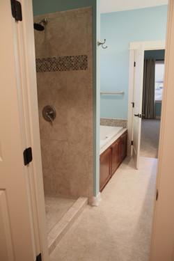 Clifford Plan Master Bathroom