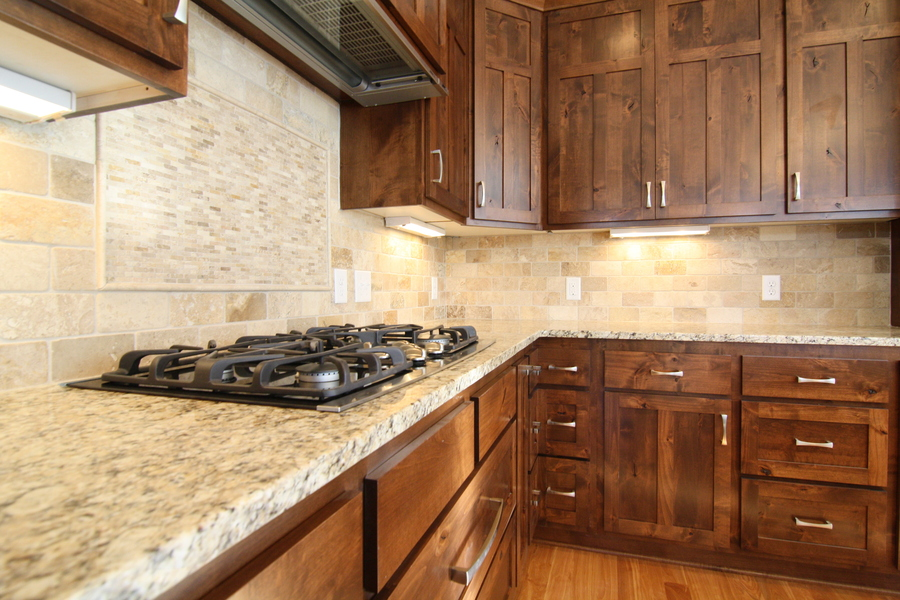 Kitchen/Backsplash