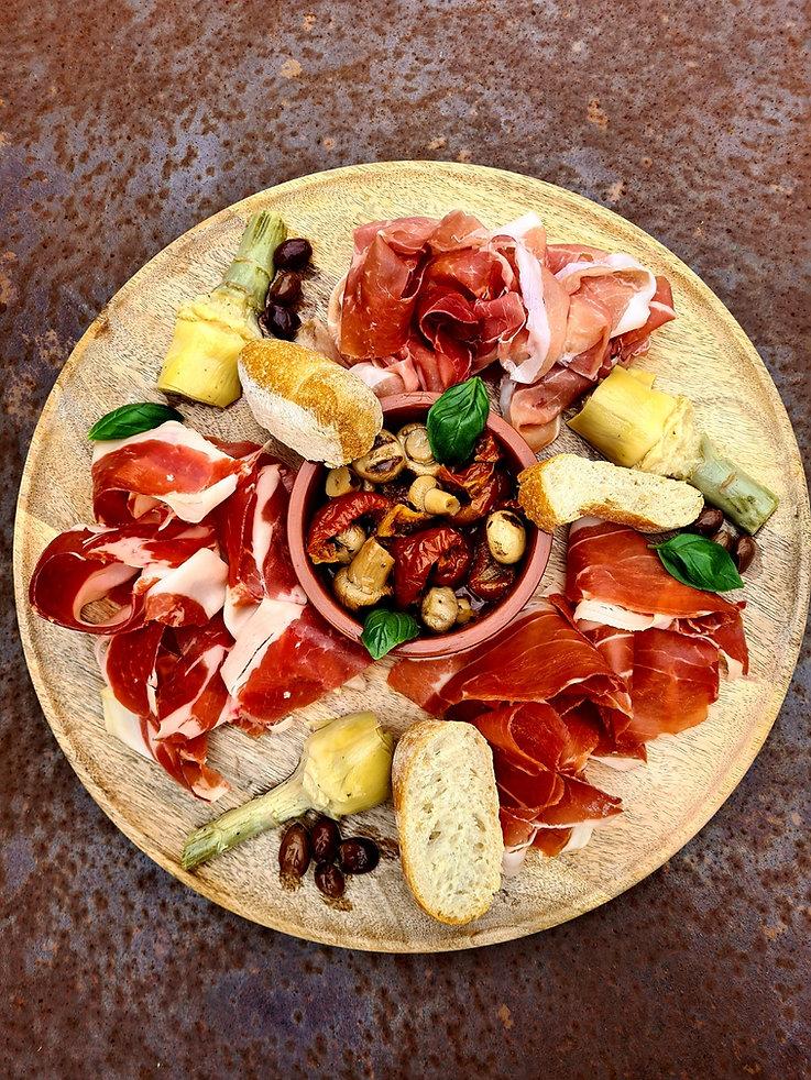 Assiete charcuterie Decor pizzico terrasse veranda plats menu