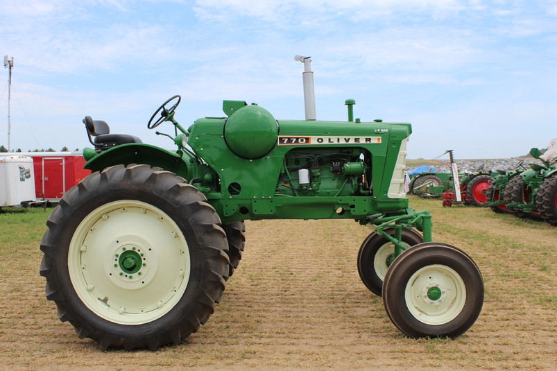 Dave Lulich's 770 LP High Crop.JPG