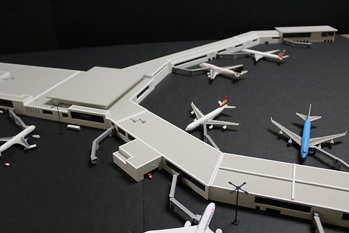 Montréal–Pierre Elliott Trudeau International Airport 1/400 Scale Replica